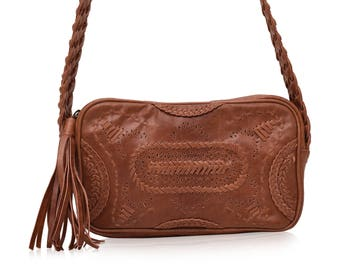 JAMAICA. Small crossbody bag / leather bag / leather shoulder bag / camel leather bag / boho style. Available in different leather colors
