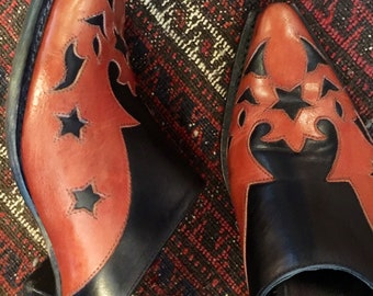 Southwestern~ Tex Mex pointy mules or clogs~ STAR cut outs~ detailed leather slip ons~ size 71/2 B