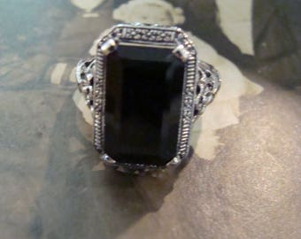 Lovely Classic Sterling Silver Black Onyx Ring  Size 8.75