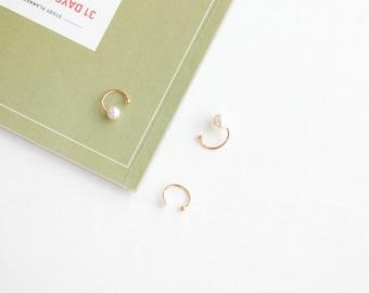 Bloggers favorite! Simple Pearl earcuffs
