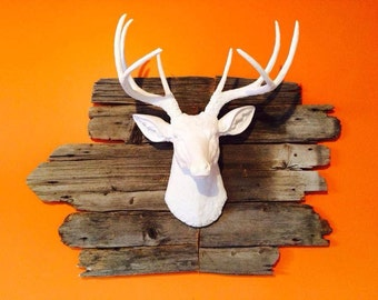 Faux Taxidermy - White Faux Deer Head - Deer Head Antlers Fake Taxidermy Wall Mount - Resin Home Decor D0101