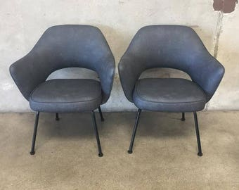 Pair Of Knoll Executive Chairs By Eero Saarinen (NRZK27)