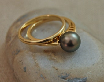 Badr gold- Tahitian Pearl Ring, pearl engagement ring, rare pearl, limited edition pearl jewelry, pearl ring, wedding, anniversary, gift