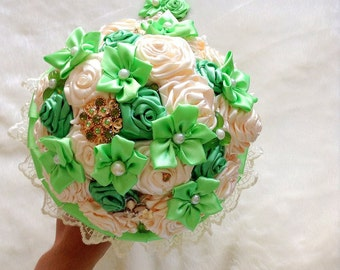 Green wedding bouquet with boutonniere. Wedding green, brooch bouquet, green brooch bouquet. Wedding decor, green wedding, green boutonniere