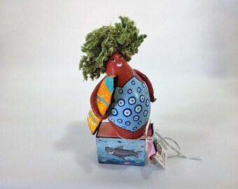 Art on gourd - surfer - 428