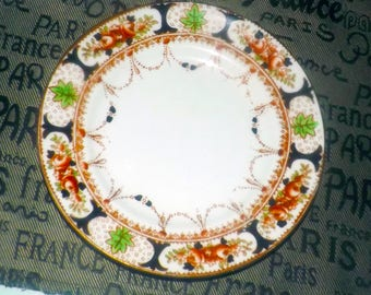 Almost antique ( late 1920s) HJC | Royal Vale (later Colclough) hand-painted imari pattern bread-and-butter or tea plate. Gold edge.