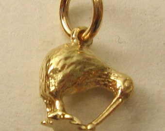 Genuine SOLID 9K 9ct YELLOW GOLD 3D Kiwi New Zealand charm/pendant