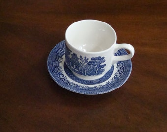 Churchill England WILLOW BLUE Large Tea Cup and Saucer!