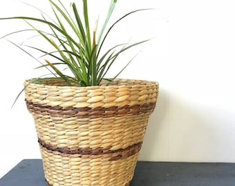 woven flowerpot basket - medium rattan basket - striped boho planter - beige brown