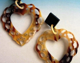 Horn lace heart earrings