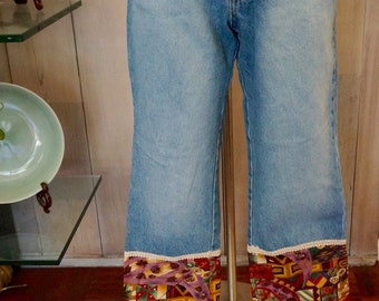 Free Shipping! Vtg. FIORUCCI Jeans with Bottom Embellished Border- Size 11/12