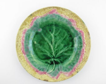 Majolica Plate - Green Grape leaf on Buff/Tan Background - 'Etruscan' - 1892 - Leaf in Relief With Rose Border - Mottled Background