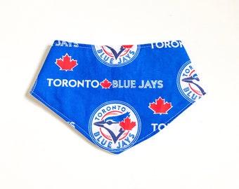 Toronto Blue Jays bib - Blue jays bandana Bib, baseball Bandana Bib, Canada Bandana bib, girl Bandana bib, Maple leaf drool bib, blue bib