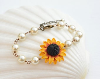 Red and Yellow Sunflower Beaded Bracelets, Sunflower Bracelet, Sunflower Jewelry, summer wedding Jewelry. Sunflower lover