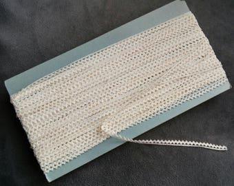 HABERDASHERY old croquet white zig - zag stripe