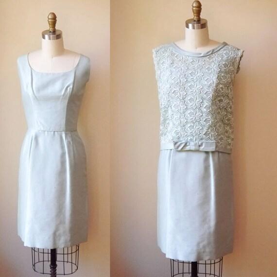 1960s Mint Green Shift Dress // two piece // vintage dress