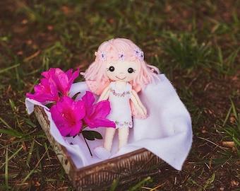 Flower fairy felt doll (gingermelon)