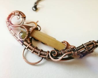 Quartz, citrine, necklace with a boat