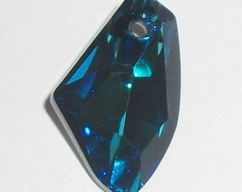 1 Swarovski Crystal Pendant GALACTIC Pendant 6656 Crystal Beads Bermuda Blue -- Available in 19mm and 27mm