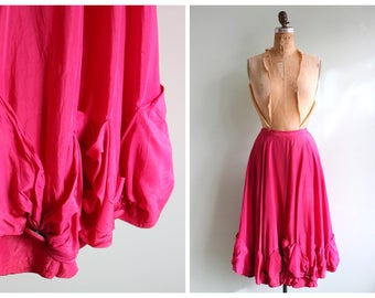 Vintage 1950's Magenta Bubbled Hem Circle Skirt   Size Small