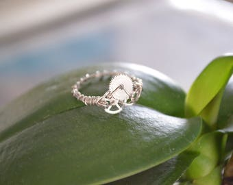 Handmade wire wrapped ring with recycled watch components - Size 5