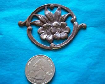 Vintage metal flowers late 40s Japan store stock