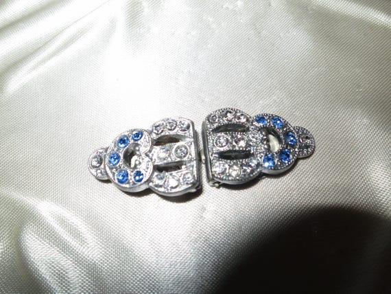 Duet pair of Lovely vintage Deco silver metal   rhinestone dress clips