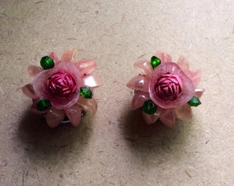 Retro pink flower clip on earrings
