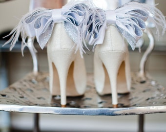 Glamorous Bridal Wedding White And Silver Satin Ribbon Bow With Feather Shoe Clips