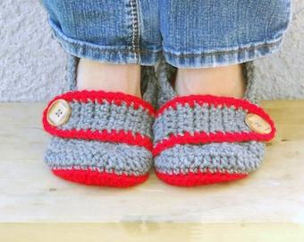Grey and red slippers, crochet slippers, womens slippers, womens crochet slippers, winter slippers, button slippers, crochet socks