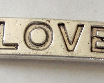 Love connector, metal, aged silver