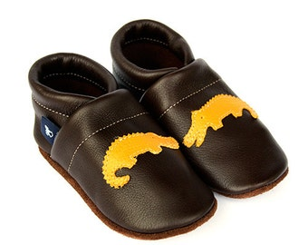 Leather slippers Baby Shoes Walking Shoes soft leather shoes leather baby shoes sizes 16 to 35