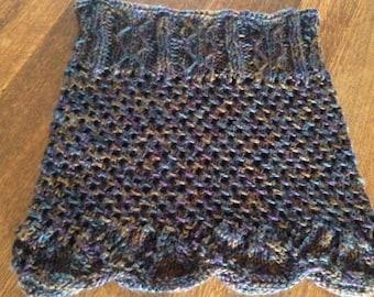 Hand knit scallop edge cowl
