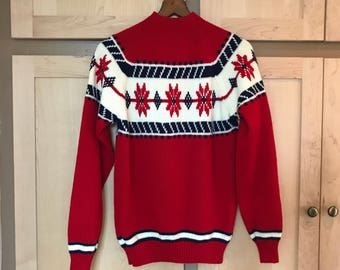 Red fair isle sweater vintage knit snowflakes poinsettas Americana retro clothing boho clothes long sleeve printed womens size small