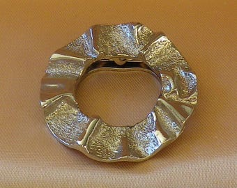 Vintage Textured Silver Plated Wreath Scarf Clip