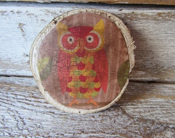 Antiqued Owl Magnet On Wood Chip Whimsical Woodland Cottage Traditional Farmhouse MidCentury Style Owl with 2 Neodymium Magnets M-5