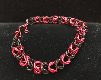 Bracelet , chain maille, black and red