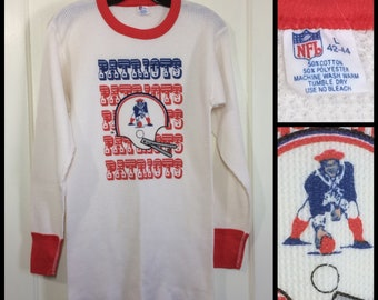 1980 New England Patriots football team long sleeve ringer thermal waffle t-shirt size large looks small 16.5x28 old logo barely used 2 tone