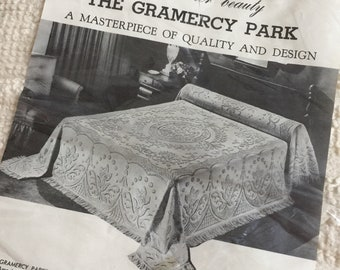 Vintage 1960s Gramercy Park Reproduction Chenille Bedspread Full Size NOS Cream Cotton Fringed Early American Style Bedroom Decor
