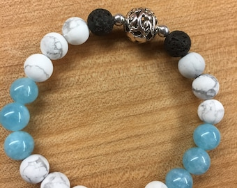 Howlite and blue quartz aromatherapy bracelet