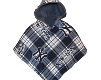 New York Yankees Car Seat Poncho 12mo 18mo 2T 3T 4T 5T