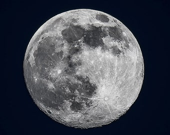 Full Moon - Black and White Astro Landscape Photography