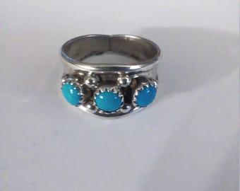 Vintage Sterling Silver Turquoise Ring, size 8 3/4