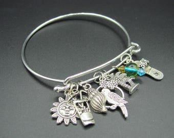 Beach Themed Bangle Bracelet Tropical Charms Beaded Jewelry