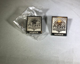 Vintage-California-State-Railroad-Museum-Member-25 Years-Pin-Lapel-Collectibles-Accessories-Jewelry