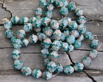 Czech Glass 13x11mm Baroque Bicones in Emerald Green (15)