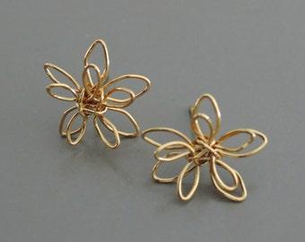 Gold Earrings - Flower Earrings - Wire Earrings - Post Earrings - Stud Earrings - handmade jewelry
