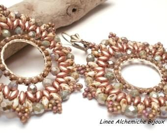 Tutorial perline, Orecchini Notre-Dame, Schema di perline con rocailles e mezzi cristalli