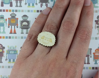 Sheep wooden ring - lasercut
