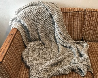 Luxurious Hand-Knit Throw in Soft Gray